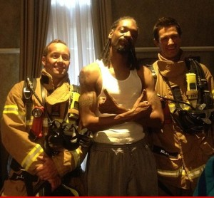 0124-snoop-dogg-firefighter-2
